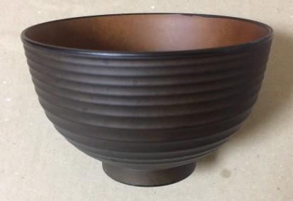 ダイソー(100均)の日本製のお椀 (汁椀)横から