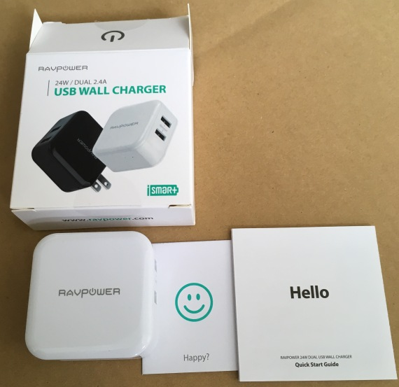 小型のUSB充電器 RAVPOWER RP-UC11 2ポート(2個口) 2.4A x 2 買いました