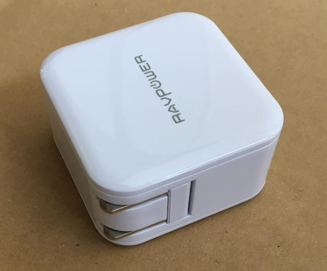 RAVPOWER RP-UC11 USB充電器 2個口2.4A ブラグをしまった状態