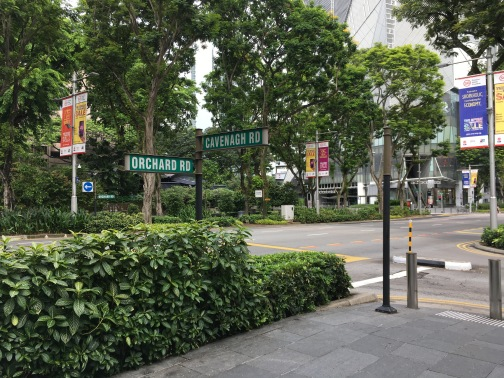 シンガポール オーチャード 歩道橋