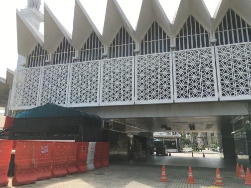 国立モスク(Masjid Negara) 駐車場