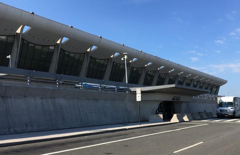 ダレス国際空港