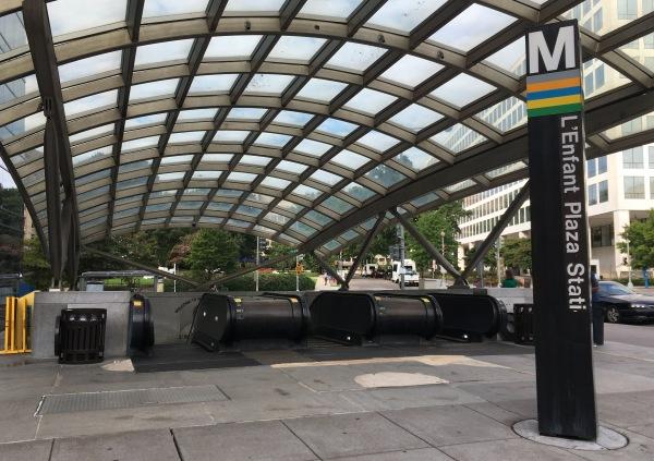 L'Enfant Plaza station駅(ランファン・プラザ駅)