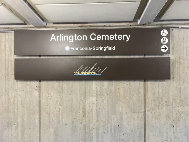 Arlingon Cemetery(アーリントン墓地)駅