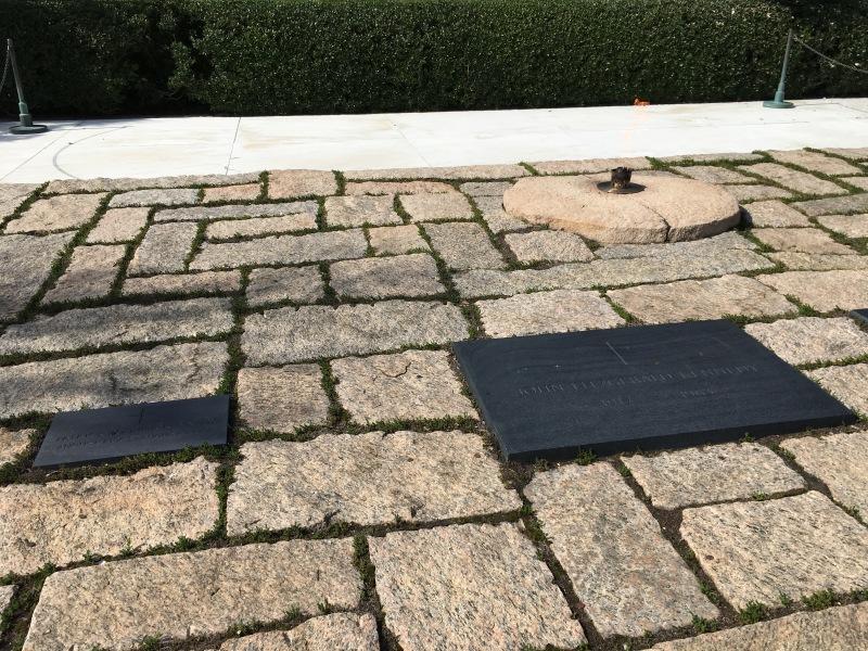アーリントン墓地 ケネディ大統領のお墓