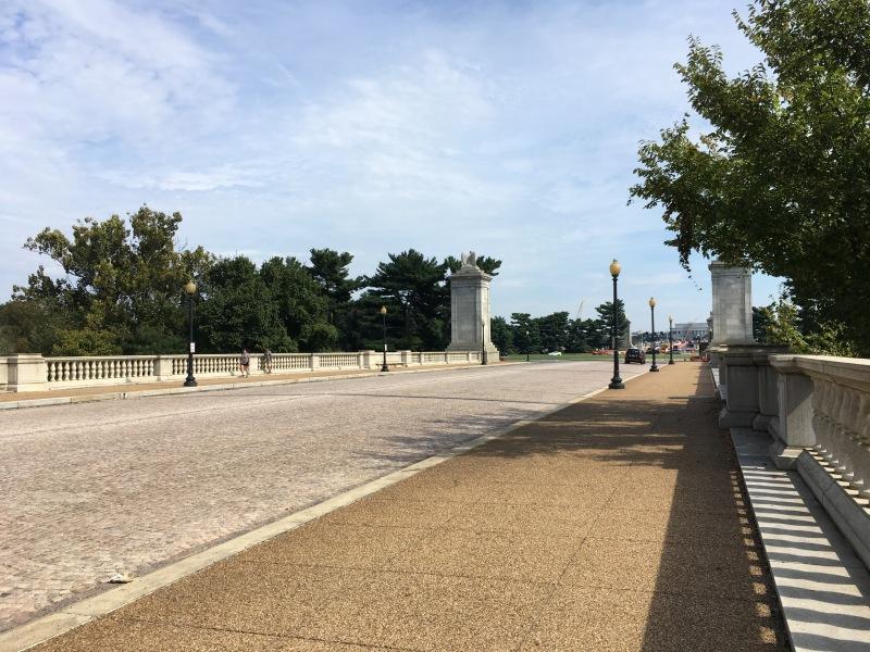 アーリントン墓地からリンカーン記念堂へ