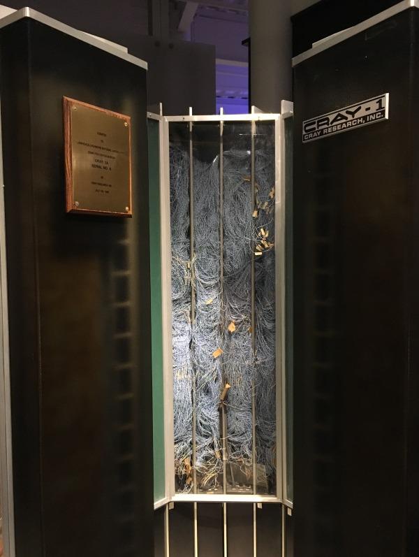 スーパーコンピューター クレイリサーチ社 Cray-1 配線