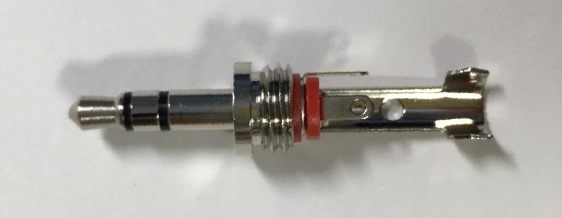 3.5mmステレオミニプラグ(マル信無線電機、MP-013LC) 本体