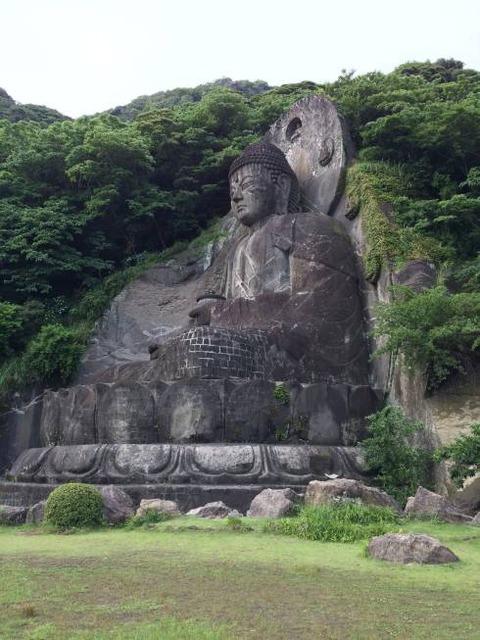 鋸山 日本一の大仏の横顔
