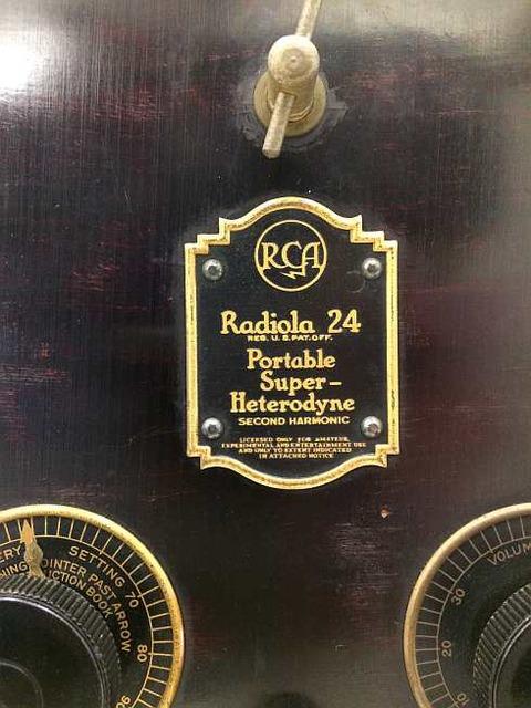 RCA製(アメリカ)のラジオ 銘板