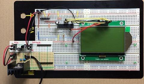 2.7インチSTNシリアル液晶モジュール(2P-S60779、解像度:128x64ドット、液晶コントローラ:ST7565R)をPIC(PIC16F687)とブレッドボード上で接続しました。電源はME6209Aで3.0Vを生成しています。