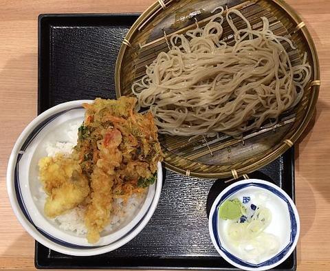 そば処信州屋(新宿南口店)の「天丼もりそばセット」